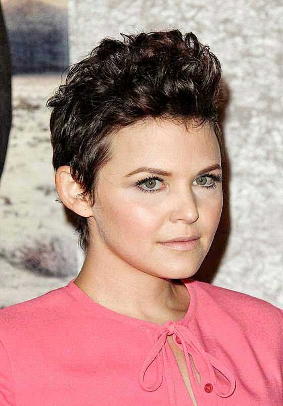 Fauxhawk-Round Face Long Hairstyles Female-female hairstyles #womenhair #womenhairstyles