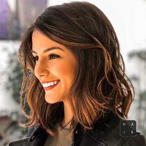Dazzling Shoulder Length Wavy Hairstyles 2019