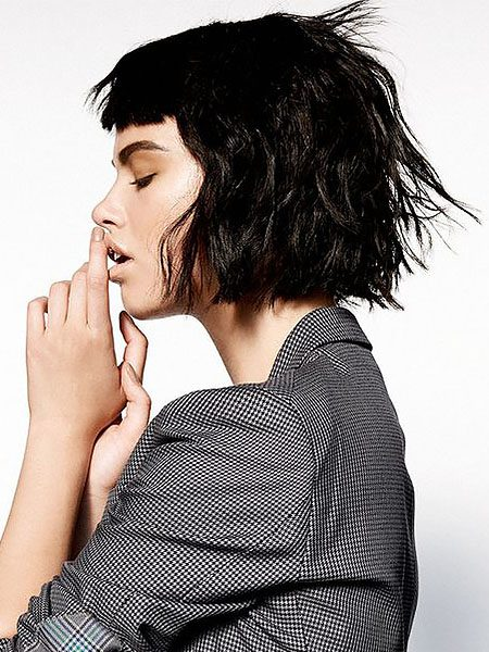 short hairstyles for women-Short Wavy Black Hair