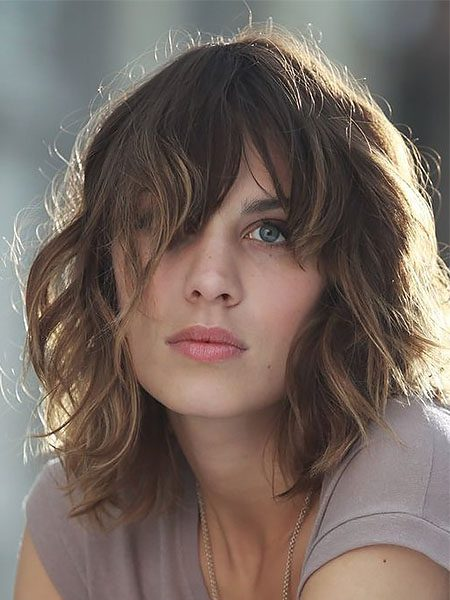 short hairstyles for women-Short Wavy Brown Hair