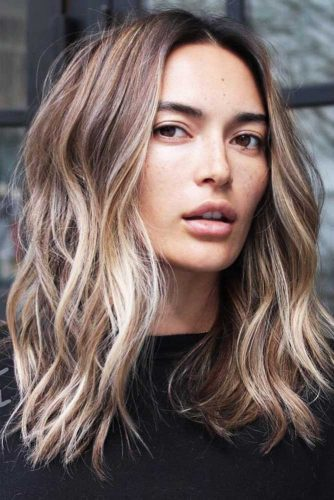 short hairstyles for women-Centre Parted Lob
