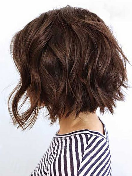 short hairstyles for women-Wavy Inverted Bob