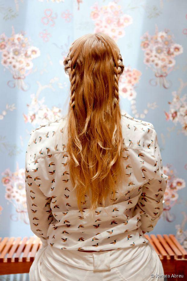quick bun with braiding hair